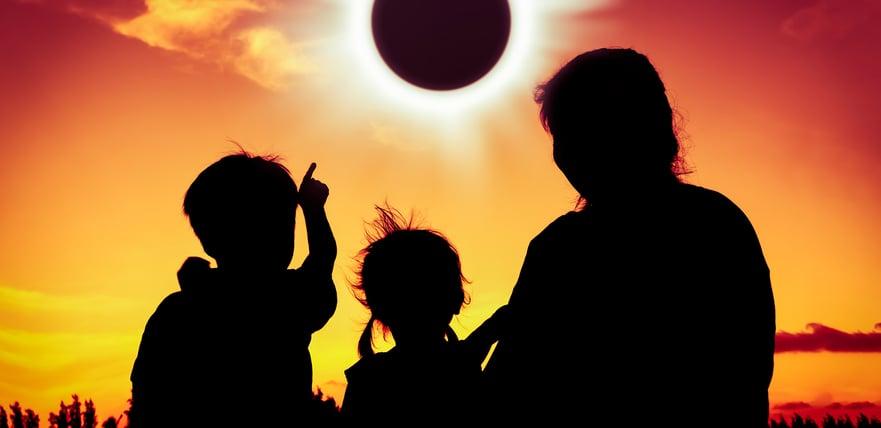 iStock-824608486 eclipsefam.jpg