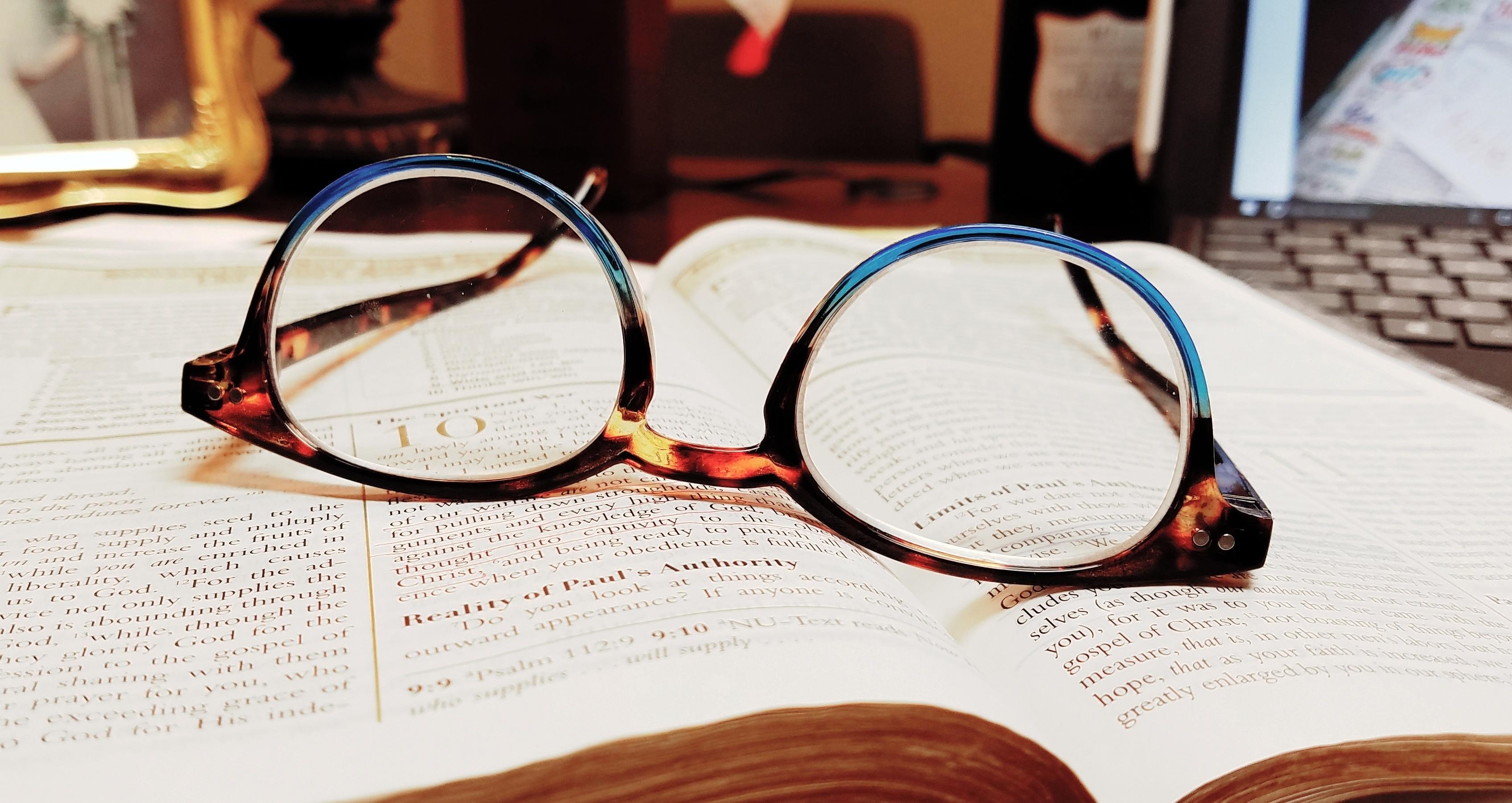 bibleglassesKyle-101792-edited.jpg